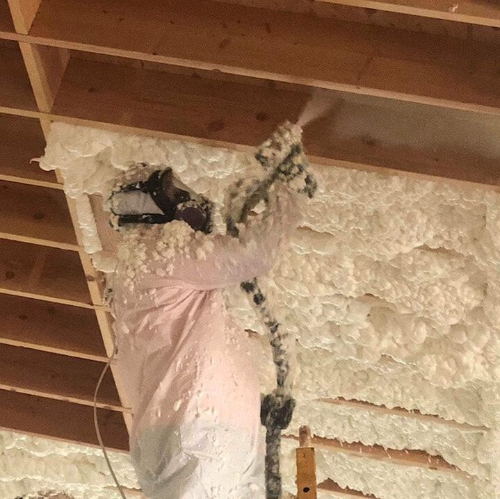 Installing Open-cell Spray Foam Insulation Grants Pass, Oregon